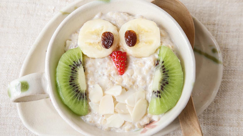 6 zabavnih idej za mlečno-žitne kaše za malčke