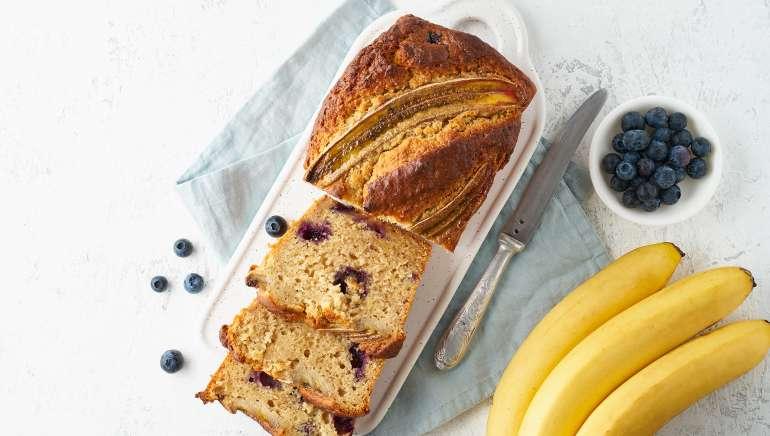 Veganski bananin kruh brez sladkorja