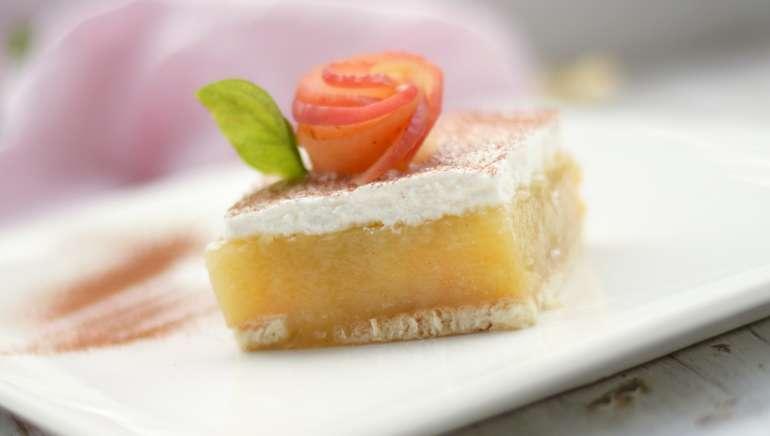 Jabolčne puding rezine brez peke