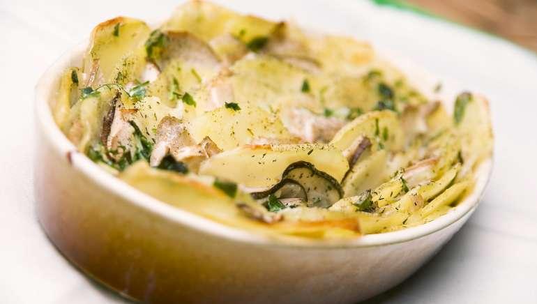 Krompirz gobami iz pečice