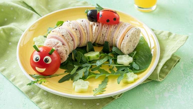 Otroški mini sendvički gosenica